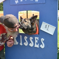 kissing-booth13