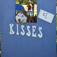 kissing-booth21