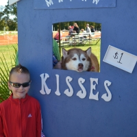 kissing-booth30